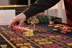 Could You Make Money Gambling Online with Little Experience?