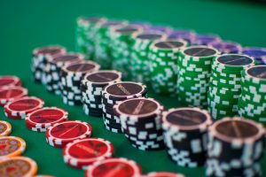 Online Gambling vs. Casino Gambling: Which Is Best For You?